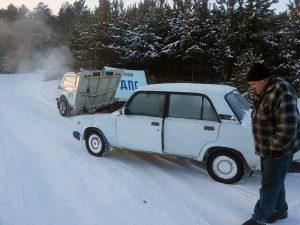 помощь замерзающему водителю
