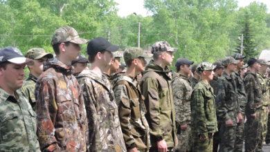 Photo of Более ста десятиклассников примерили на себе солдатские будни.