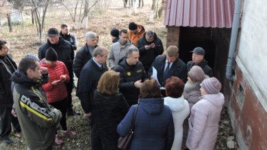 Photo of Октябрьский визит Виталия Мутко и Сергея Левченко в Нижнеудинск